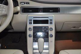 2011款沃尔沃S80L 2.0T T4 智雅版