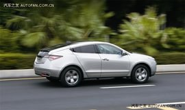 《汽车之友》试驾讴歌ZDX全地形轿跑车