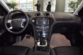2011款福特蒙迪欧致胜GTDi200豪华型