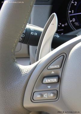 2010款英菲尼迪G25豪华运动版试驾实拍