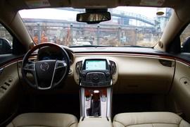 试驾2012款别克君越2.4L SIDI豪华版