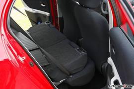丰田雅力士RS