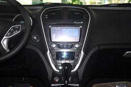 2012款广汽传祺GS5 2.0L手自一体尊贵版