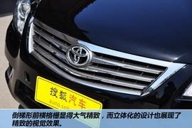 2012款丰田凯美瑞200E 经典版到店实拍