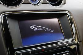 2012款 捷豹XJL 3.0 全景商务版试驾实拍