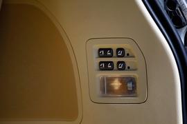 2012款雷克萨斯LX570试驾实拍