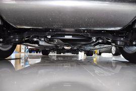 2012款福特福克斯三厢1.6L手自一体尊贵型