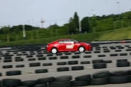 2011款丰田杰路驰场地体验
