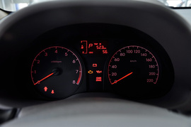 2010款现代瑞纳三厢1.4GS自动舒适型