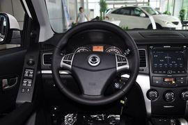 2011款双龙柯兰多2.0L两驱豪华导航版