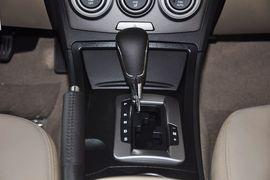 2012款奔腾B50 1.6L手自一体尊贵型