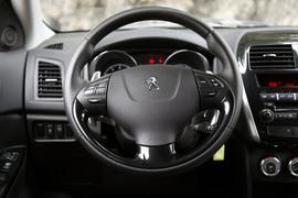 2012款标致4008 2.0L四驱测试