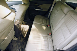 2012款本田CR-V 2.4L四驱对比测试
