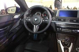 2013款宝马M6 Coupe外出试驾实拍
