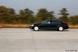 奔驰S500动态