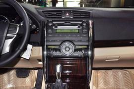 2010款丰田锐志2.5V风度菁英版