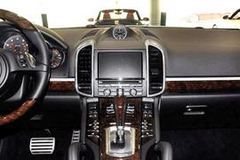 2011款保时捷Cayenne