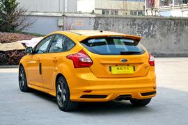 进口福特福克斯ST 2.0T 两厢热血橙版