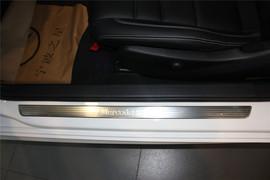 2013款奔驰C180 Coupe白色到店实拍