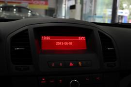 实拍2013款欧宝英速亚2.0T 四驱运动型