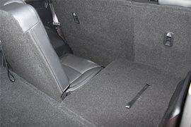 2013款进口起亚第三代佳乐7座舒适版实拍