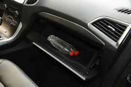 2016款福特锐界EcoBoost 245 两驱豪锐型 7座