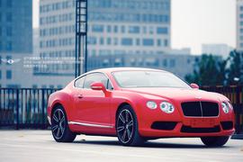 优雅的8 品味宾利欧陆GT V8