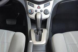 2011款雪佛兰爱唯欧三厢1.4SL手自一体