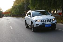 2014款Jeep指南者试驾