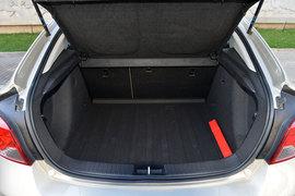 掀背让储物更方便 测试科鲁兹掀背车1.6T