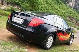 2009款奔腾B50试驾