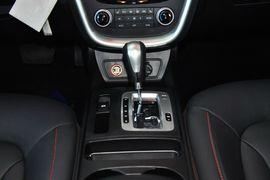 2013款奔腾X80 2.0L自动豪华型