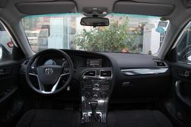 2016款中华V5 1.5T 自动两驱运动型