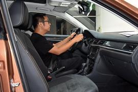 2017款大众蔚领 230TSI 自动豪华型