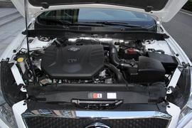 2018款奔腾B70 1.8T 自动轿跑版互联智享型