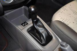 2013款雪佛兰赛欧三厢1.2 手动温馨版