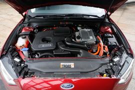 2018款福特蒙迪欧混合动力 2.0 PHEV智尊旗舰型