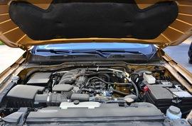 日产途达 2.5L 自动四驱旗舰版