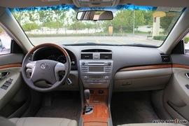 2009款丰田凯美瑞试驾