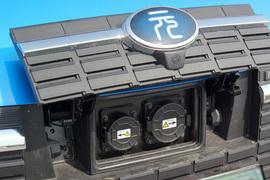 2018款比亚迪元EV360 智联创酷型