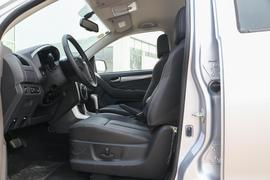 2018款 五十铃D-MAX 3.0T 四驱自动超豪华型4JJ1-TC HI