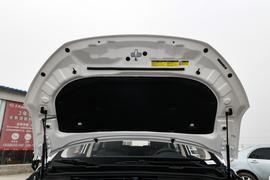 2018款 比亚迪 宋MAX 1.5T 自动智联豪华型 6座