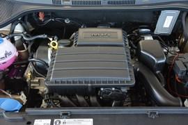 2013款大众全新桑塔纳1.6L手动舒适版