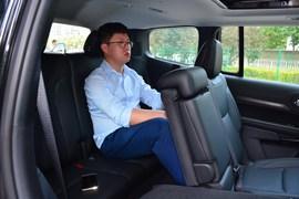 2018款Jeep大指挥官 2.0T 臻享版 7座