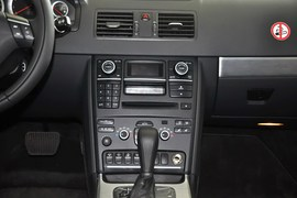2013款沃尔沃XC90 2.5T行政升级版