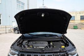 2018款Jeep指挥官 2.0T 四驱智享版