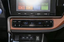 2019款 广汽丰田雷凌双擎E+ 1.8PH V CVT豪华版