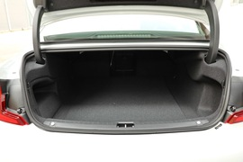2020款沃尔沃S90 T5 智逸运动版