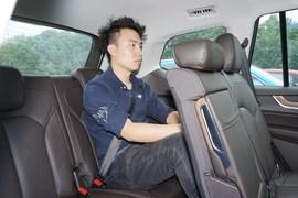 2019款荣威RX8 30T 智联网两驱超群旗舰版