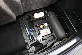 2021款 沃尔沃XC90混动 E驱混动 T8 智尊豪华版 7座